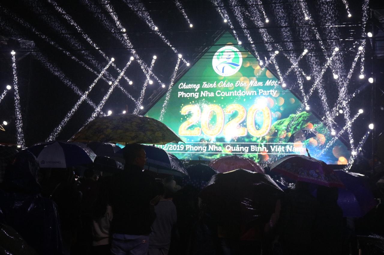 Chương trình Coundown Phong Nha 2020 thu hút du khách